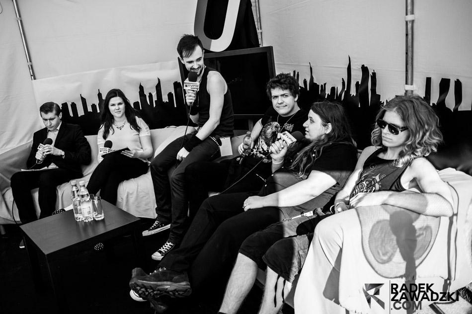 Sawblade backstage